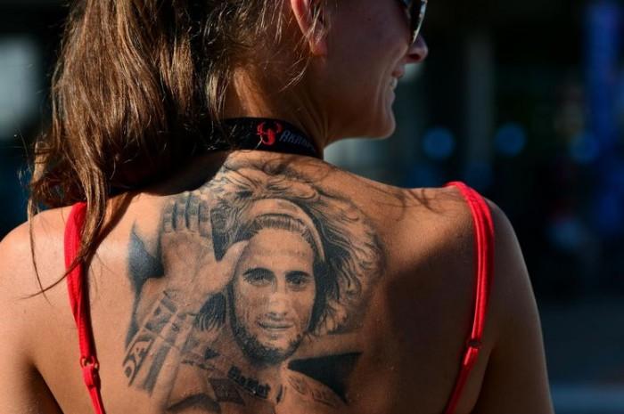contre les tatouages