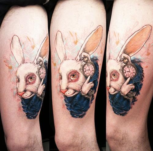 La mode du tatouage du lapin blanc - Tatouage alice au pays des merveilles ...